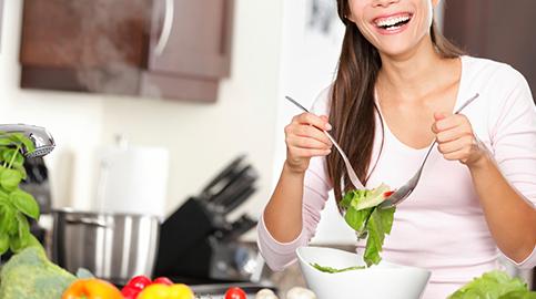 5 alimentos para manter a pele e os cabelos bonitos